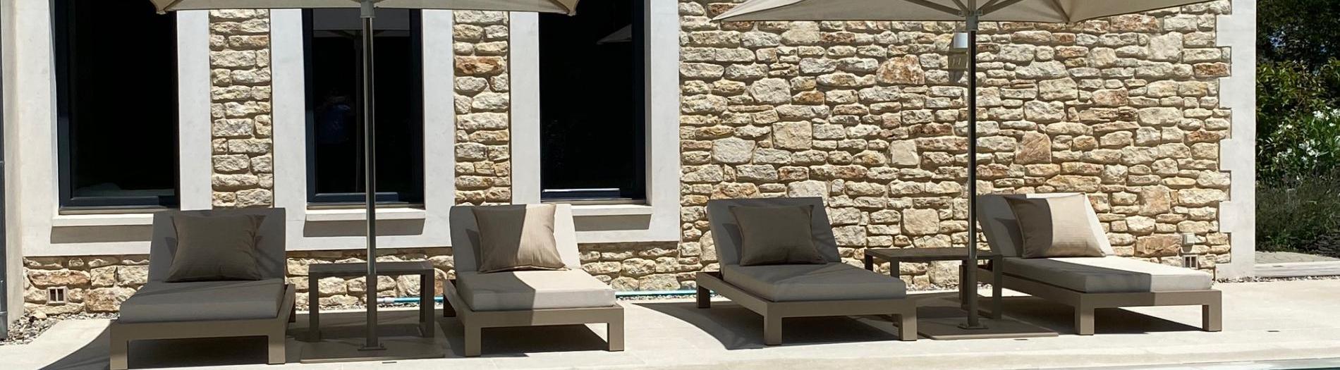 Bains de soleil, transats & beds sur-mesure
