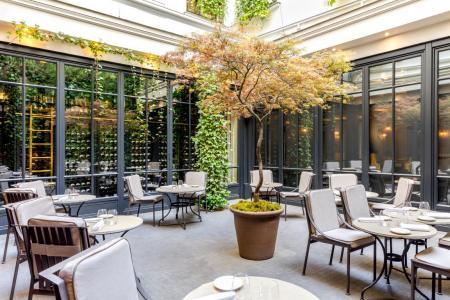 Les coussins de terrasses de restaurant et hôtel
