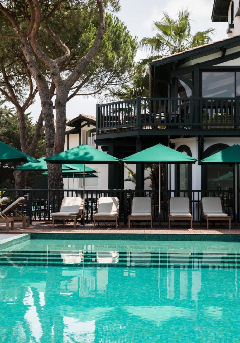 Nos références : Agencement plage, terrasse hôtel de luxe dans le monde