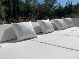 Fabrication made in France Matelas outdoor Mousses Etoiles - Matelas modulable chauffeuse au sol - Terrasse d'hôtel / Bord de piscine