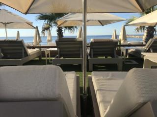 Mattress for private beach