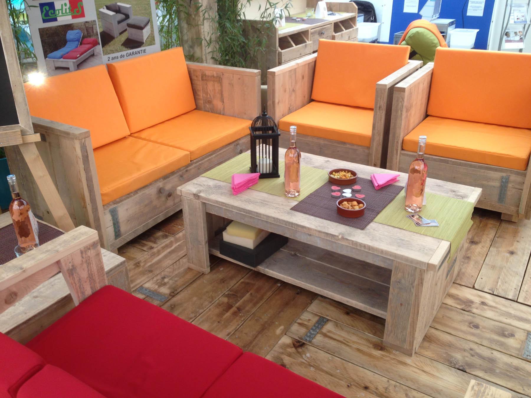 coussins de terrasses de restaurant et h tel coussins sur mesure. Black Bedroom Furniture Sets. Home Design Ideas