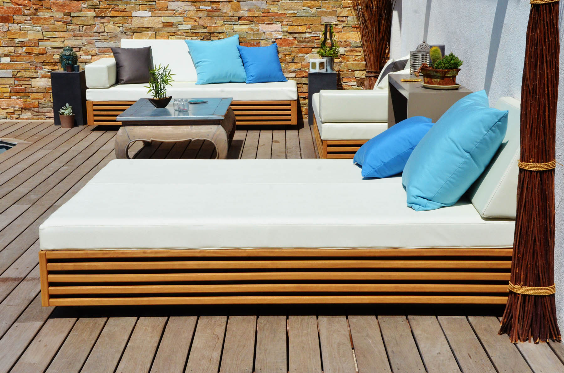 mobilier de terrasse transats personnalis s mobilier agencement. Black Bedroom Furniture Sets. Home Design Ideas