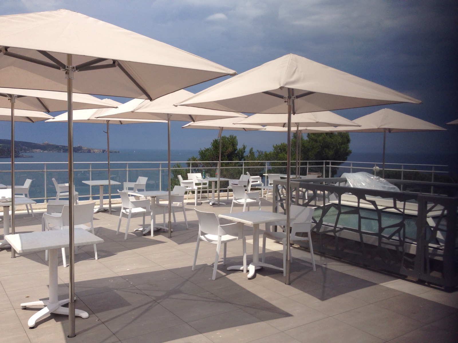 Terrace Sunshades For Restaurants