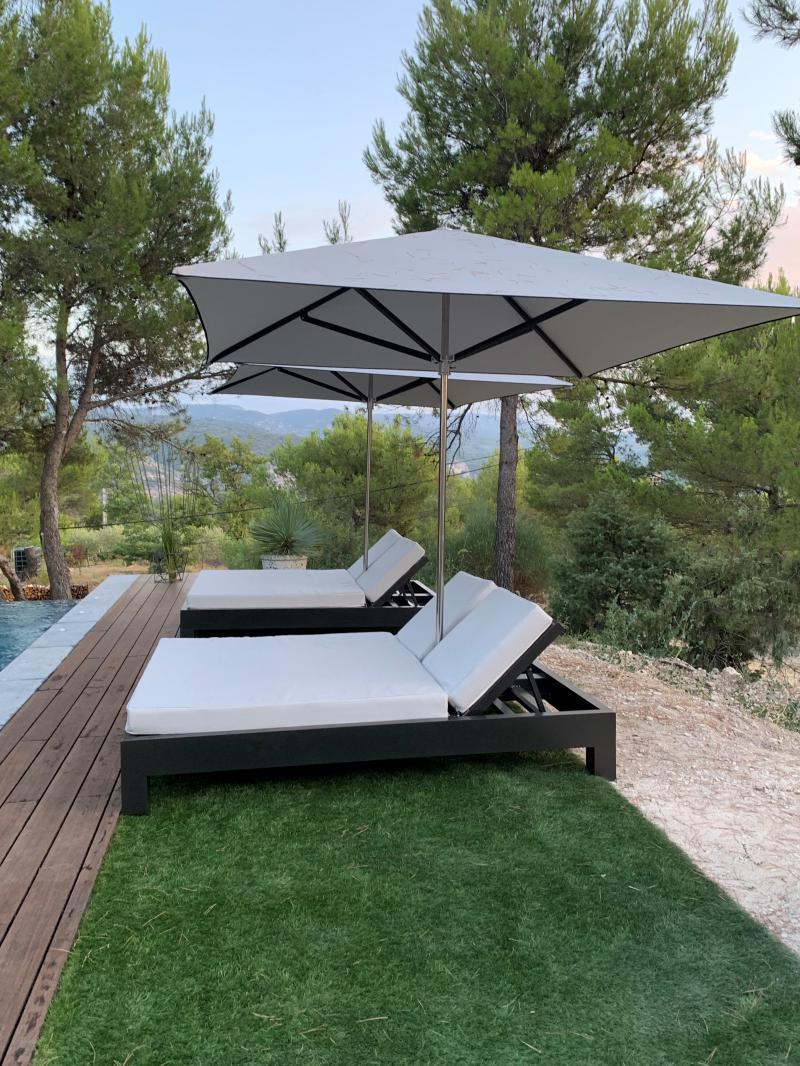 Bain de soleil double avec parasol intégré - Mousses Etoiles