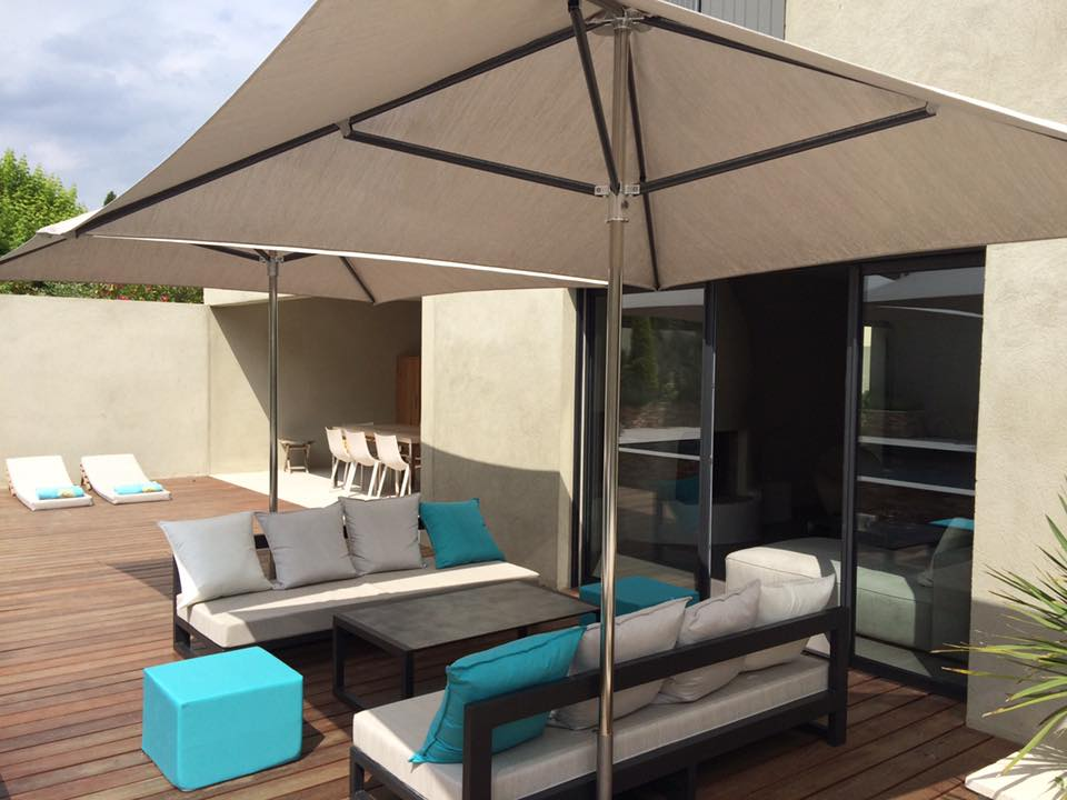 Amenagement sur mesure terrasse et bord de piscine Mousses Etoiles