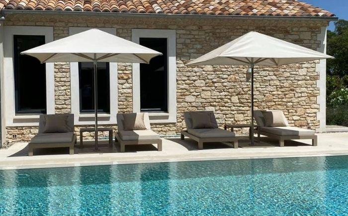 Aménagement bord de piscine maison d'hotes - Mousses Etoiles