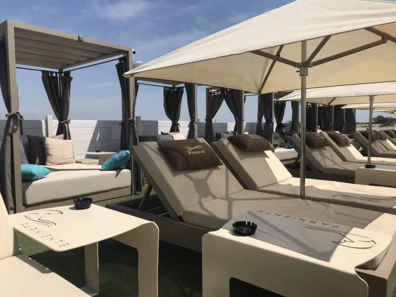 Matelas chauffeuse au sol - modulable et insensible à l'eau - Mousses Etoiles - Matériel pour hotellerie restauration