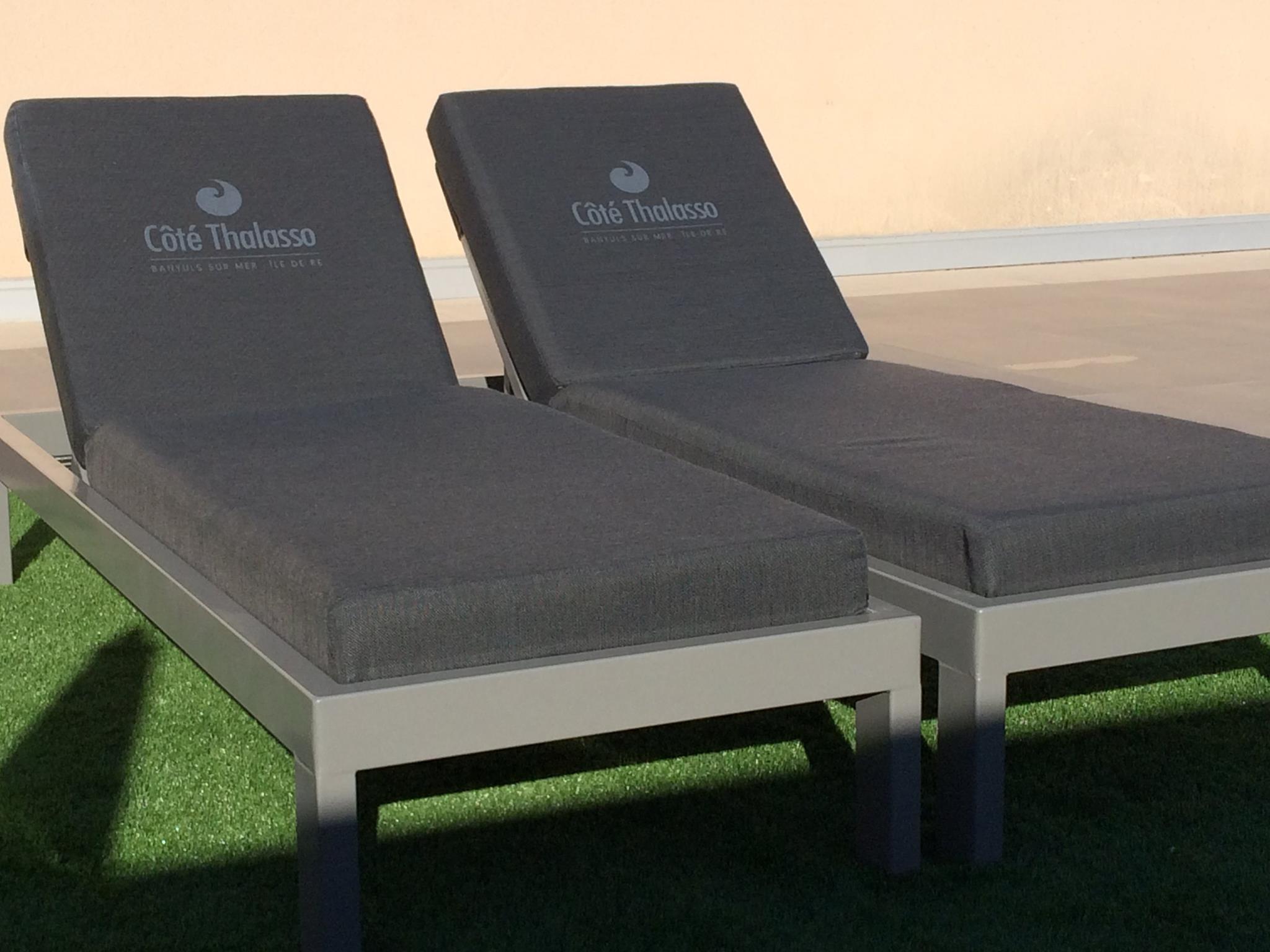 Matelas bains de soleil personnalises sur mesure - Mousses Etoiles